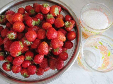 Варенье из клубники с целыми ягодами рецепт фото