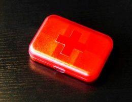Аптечка на дачу – список лекарств, который должен быть в ней