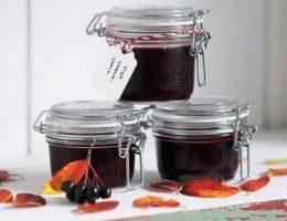 Рецепты на зиму из черноплодной рябины: варенье, джем, компот, домашнее вино