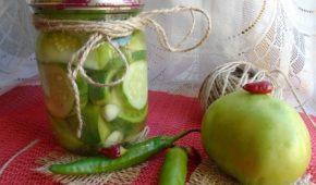 Миниатюра к статье Заготовки ассорти из зеленых помидоров на зиму